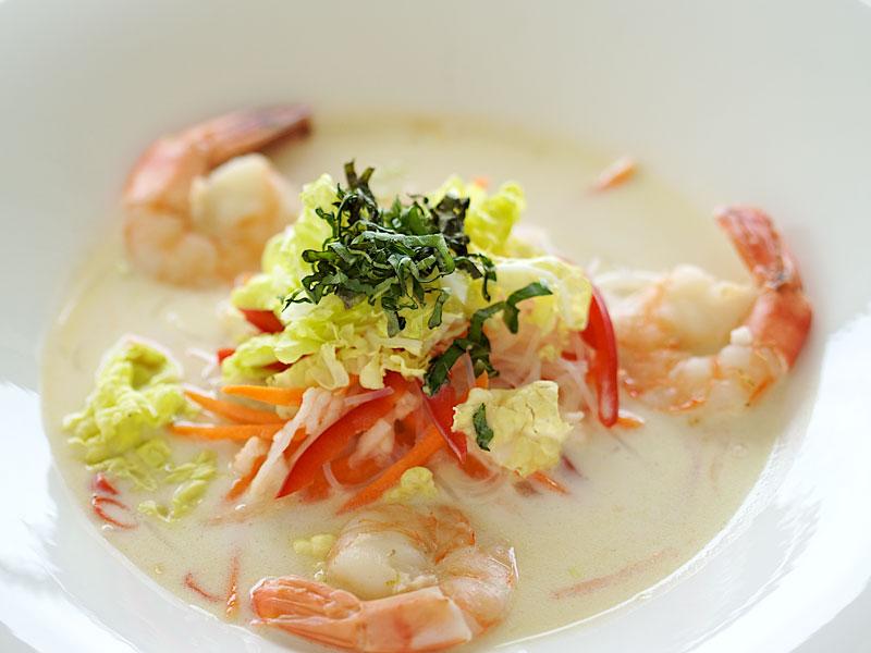 Hot and Sour Asian Soup  with Shrimp. Photo: Dennis Evans